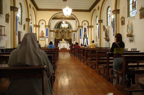 interior-iglesia