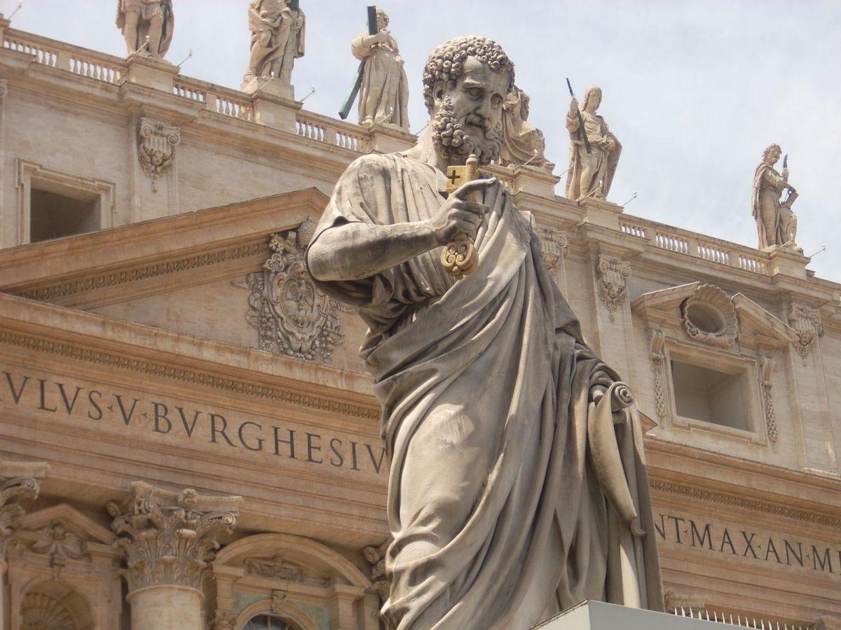 Oración a San Pedro, para alejar el mal