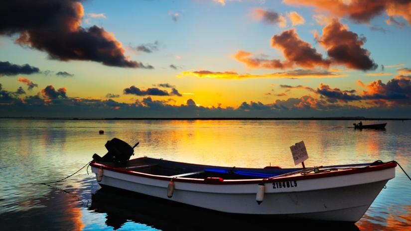 barca-solitaria-51eea76cea069
